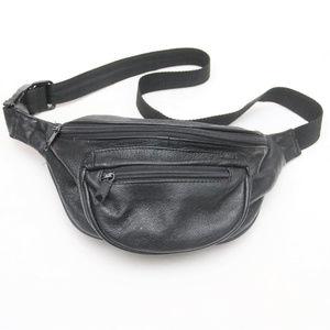 Other - 90's Vintage 3-Pocket Black Leather Fanny Pack